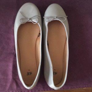 H&M Bow Ballet Flat Shoes